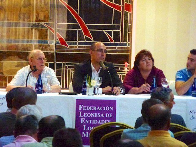 Mesa de Edad constitutiva de la Federación Leonesa de Entidades Locales Menores