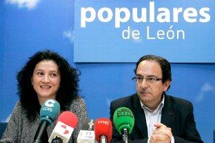 Senadores del PP por León